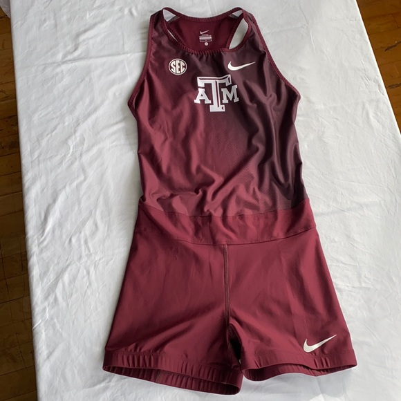 Nike Texas A&M Track Singlet Large